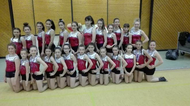 equipe jeunesse à Volvic